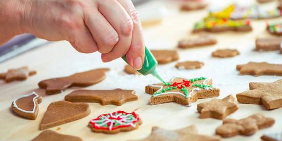 10 лучших новогодних рецептов печенья и инструкция по украшению