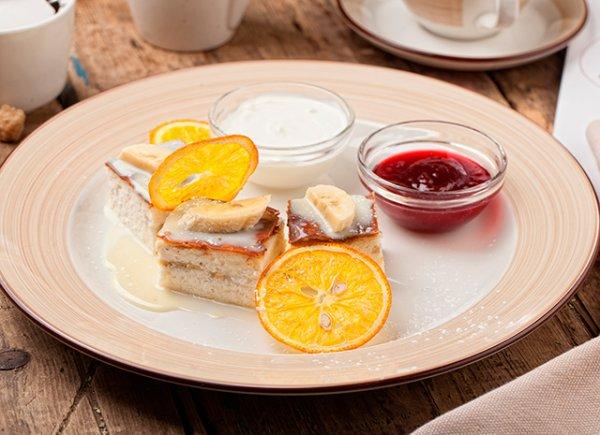 Нежная  и ароматная творожно-банановая запеканка на завтрак.