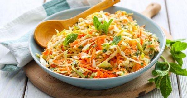 Самая вкусная витаминная закуска.13 рецептов салатов из капусты.
