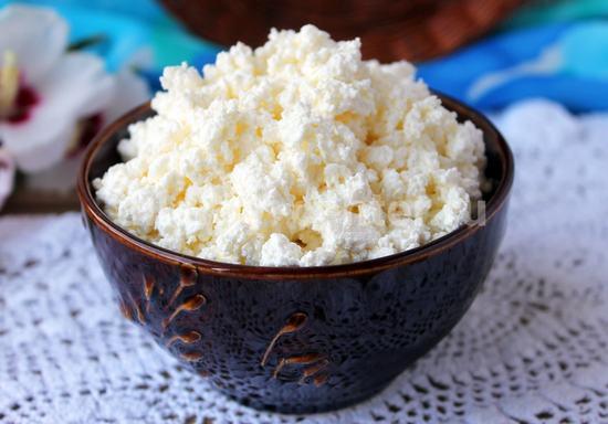 6 простых способов,как приготовить домашний творог из молока или кефира