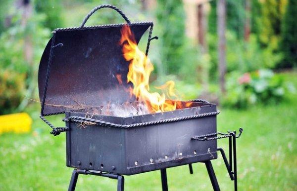 Ученые предупредили о смертельной опасности  приготовленного на углях мяса