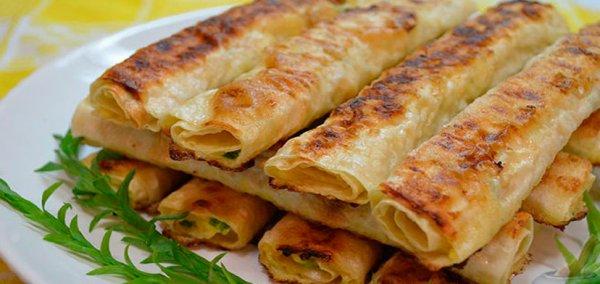 Как приготовить хрустящие картофельные палочки с мягкой начинкой