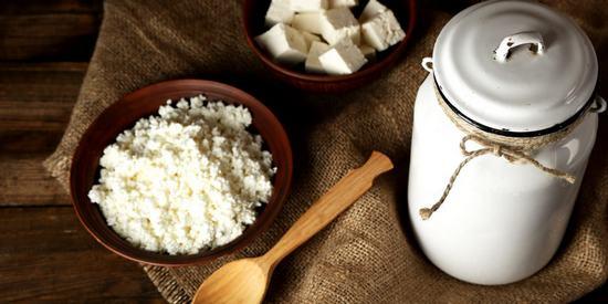 6 простых способов,как приготовить творог дома из кефира или молока