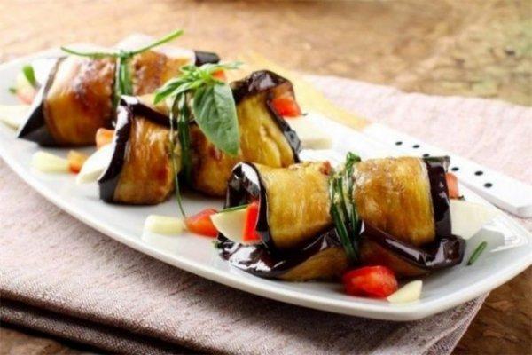 Очень вкусные баклажаны с сыром фета: простой рецепт блюда
