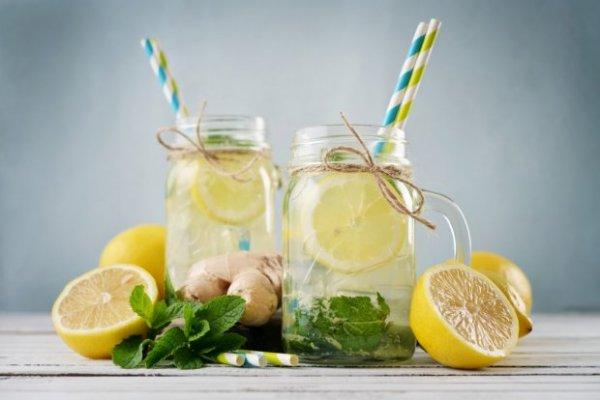 Вкусные и полезные коктейли, которые легко помогут избавиться от лишних сантиметров.