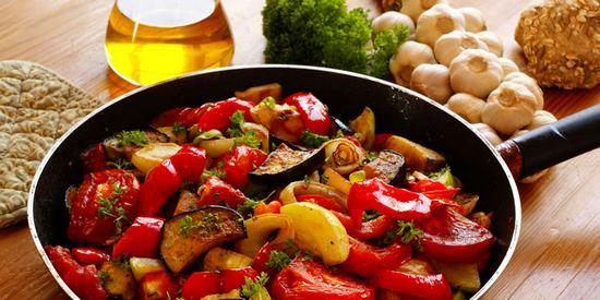 Как приготовить вкусное и полезное овощное рагу.(5 рецептов)