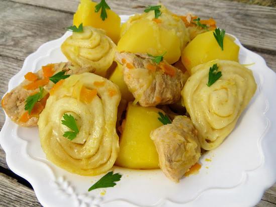 Как приготовить вкусные штрудли по-немецкому рецепту с капустой и картошкой.(Фоторецепт)