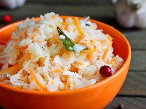 Как быстро приготовить вкусную маринованнаую капусту.