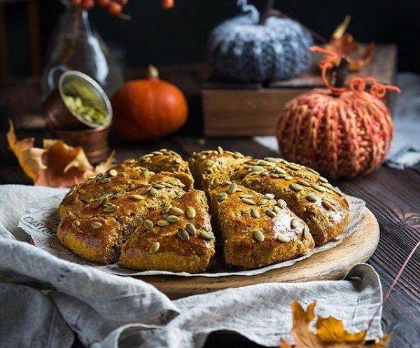 Прекрасный рецепт тыквенной коврижки с грецкими орехами.