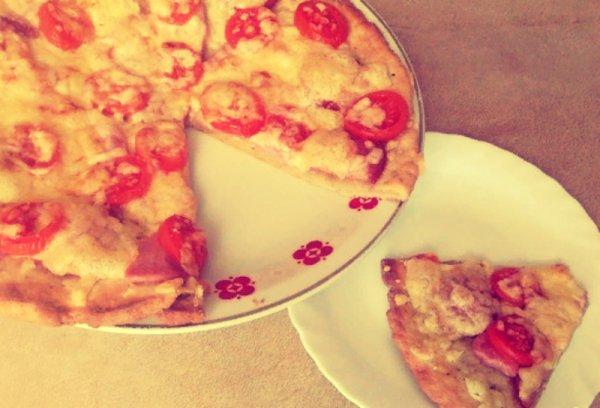 Как приготовить творожную пиццу на скорую руку.(Фоторецепт)