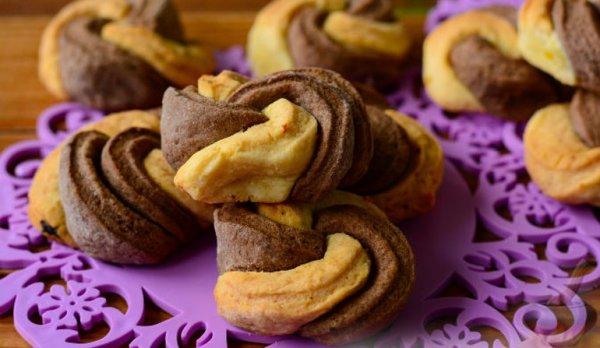 Рецепт двухцветного, домашнего, песочного печенья на сливочном масле