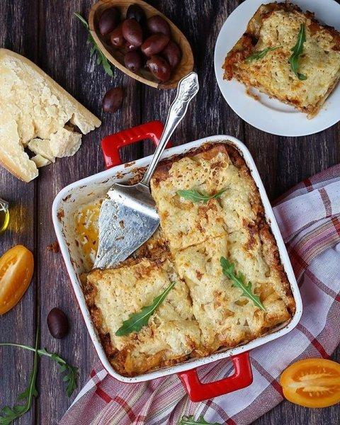Два рецепта лазаньи для новогодних праздников