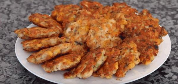 Как приготовить вкусные рубленые куриные котлеты с сыром и кукурузой