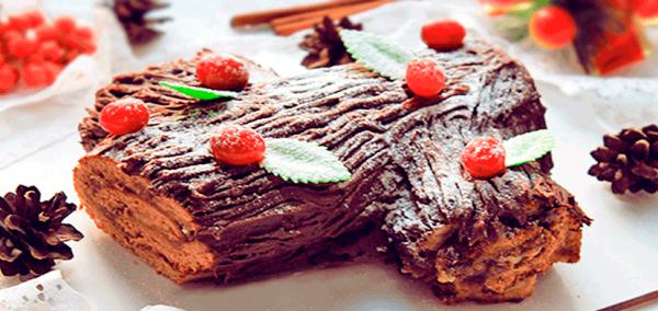 Замечательный рецепт выпечки для новогодних праздников под названием «Рождественское полено».