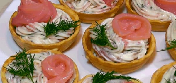 Как вкусно и быстро приготовить 5 закусок на новогодний стол из доступных продуктов.