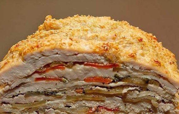 Аппетитная куриная слойка с овощами