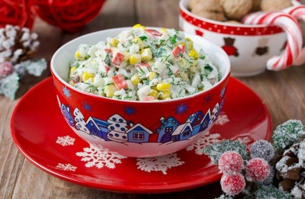 Праздник продолжается! 4 интересных рецепта салатов для праздничного стола