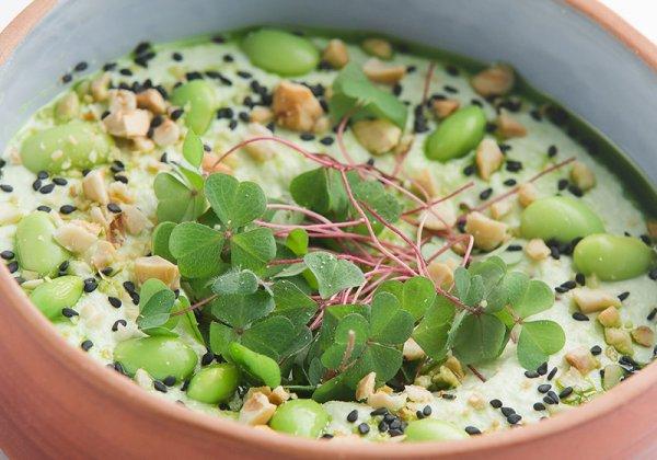 Хумус из соевых бобов эдамаме