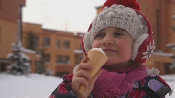 Стоит ли есть мороженое на улице зимой