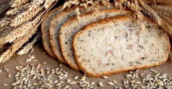 Как хранить хлеб, чтобы он не черствел и не плесневел?
