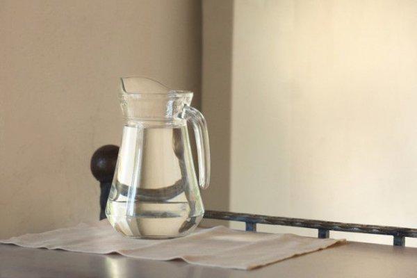 Почему именно  кипяченая вода натощак по утрам полезна для здоровья.