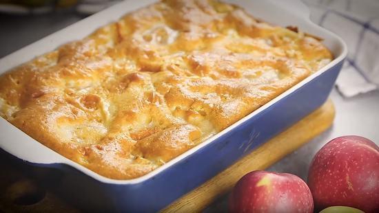 3 простых рецепта яблочного пирога на скорую руку