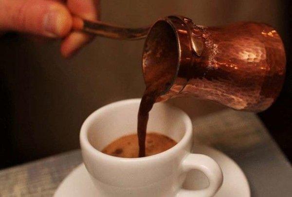 Как готовят греческий кофе - самый лучший в мире.