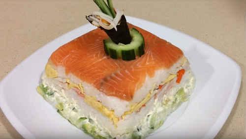Как приготовить вкусный праздничный торт-суши. (Фоторецепт)