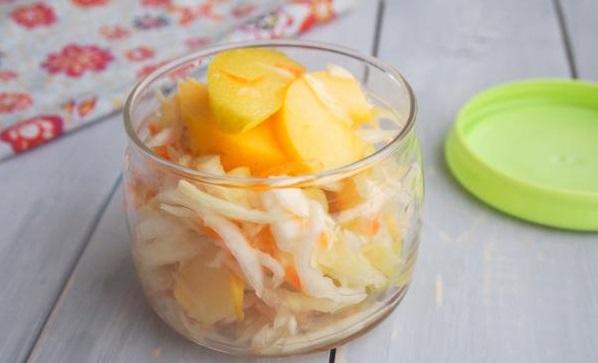 Ферментированная капуста — ее приготовление и польза для здоровья