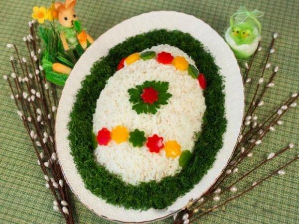 Какой салат приготовить для праздничного стола на Пасху. 4 вкусных рецепта
