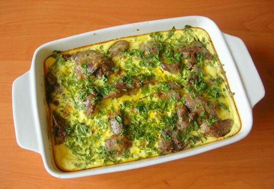 Очень вкусная запеканка из куриной печени с грибами и овощами