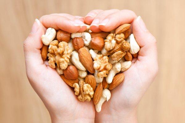 Как и сколько есть орехов, чтобы они приносили пользу