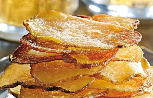 Как быстро приготовить дома нежирные чипсы, которые вкуснее заводских