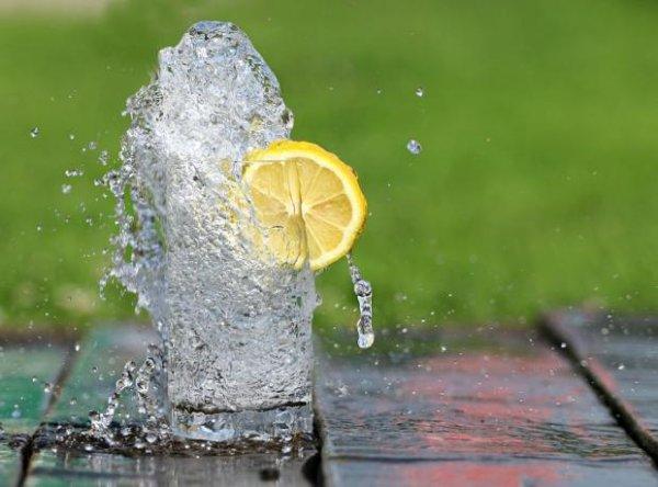 Какие продукты помогут бороться с жарой и позаботятся о нашей фигуре этим летом