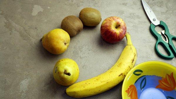 Простой и очень вкусный фруктовый лед-пять вкусов.