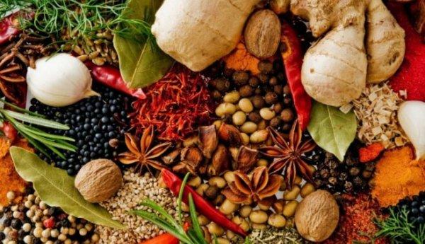 10 пряностей, про которые вы не знали, с чем их едят