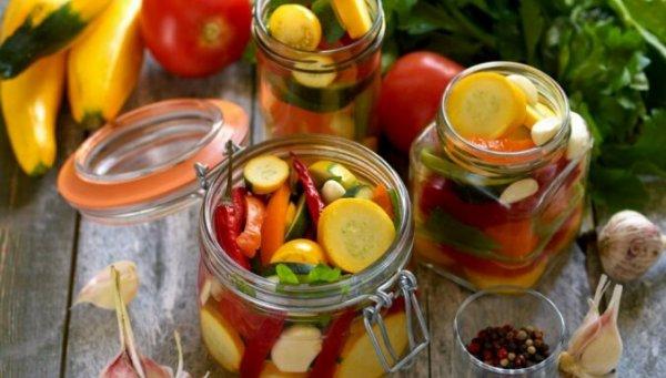 Пять овощей, которые нужно консервировать уже сейчас