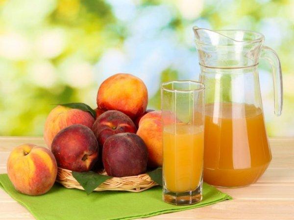 Персиковый сок: польза, простые рецепты приготовления в соковарке, через соковыжималку, с яблоками, с мякотью