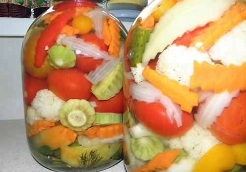 Как заготовить вкуснейшее овощное ассорти на зиму. (Фоторецепт)