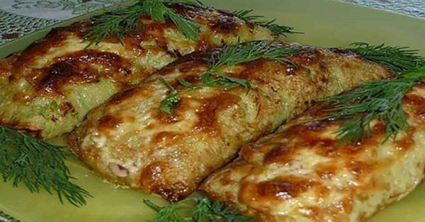 Сытное и вкусное блюдо к ужину: кабачковые рулеты с мясом и грибами
