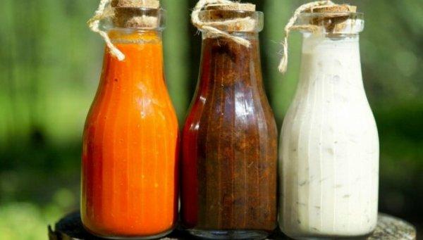 Восемь быстрых рецептов соусов, всего из двух ингредиентов