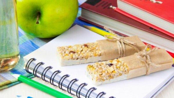 Что класть в коробочку для обедов: советы по питанию для родителей школьников