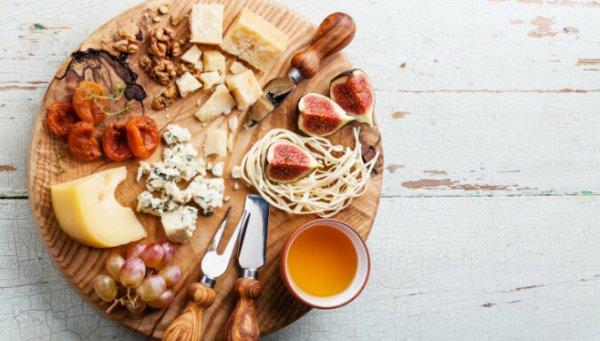 7 секретов, как правильно подавать сыр
