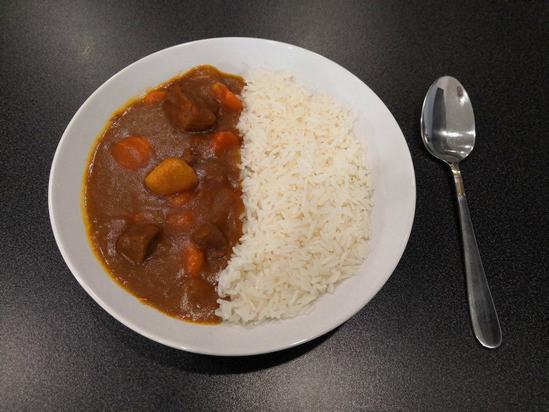 Простое и по-домашнему уютное блюдо: Японское карри с рисом