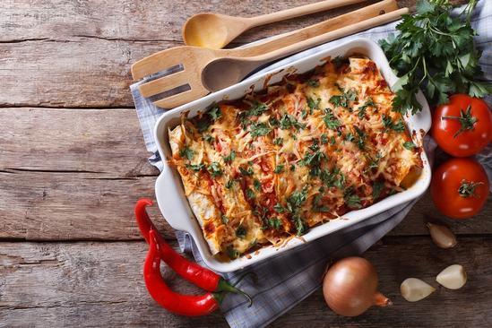 Как быстро приготовить из доступных продуктов ужин для большой семьи: Запеканка с курицей