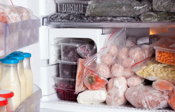Какие продукты категорически нельзя замораживать