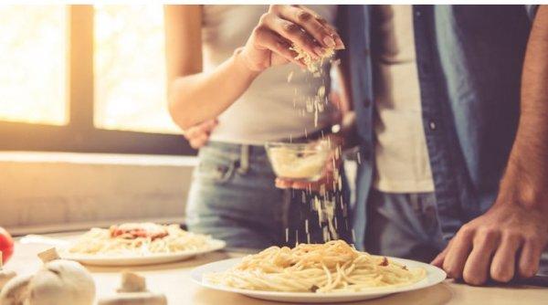 Почему тем, кто хочет сбросить вес, можно есть макароны, картошку и бананы. Объясняет эксперт