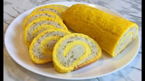 Яично-сырный рулет с мясной начинкой. Такой вкусный, нежный и сочный внутри