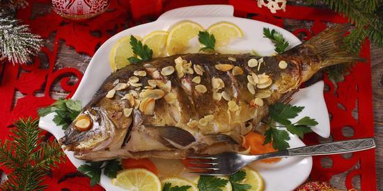 10 классных рецептов, как приготовить сочную рыбу в духовке