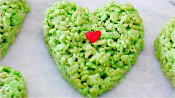 Сердечки-валентинки из хлопьев для завтрака подарят любому праздничное настроение